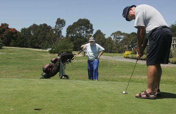 Bob & Pat at Colac Golf Club